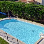 Finca con piscina, frontón y jardín